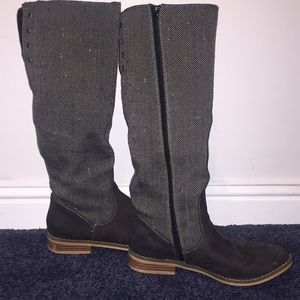 Gray tall boots size 7